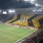 Und die Choreo der #Dynamo-Fans erinnert an die bisherigen Pokalrunden. #sgdbvb http://t.co/QciHFueAE2