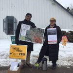 Proponents of the F-35s stand outside the polling station in #Winooski #vt #btv #tmdvt http://t.co/u281OIqZAY