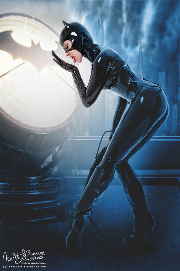 Catwoman par Carrie LaChance #cosplay #DC http://t.co/meQg23p1Xd