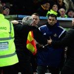 HT Hull 1-0 Sunderland - Heres Steve Bruce going for Gus Poyet - get the lowdown http://t.co/5MrpV1GOIz #hcafc #safc http://t.co/LeaQXLrxAH