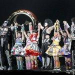 Kiss&ももいろクローバーZ、東京ドームで共演 http://t.co/xh4Dr19Pxn http://t.co/uAysCtOFKJ