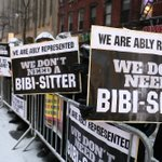 Thousands of ultra-Orthodox Jews protest in NYC over Netanyahus speech http://t.co/rSsi2tTvhN http://t.co/lBH6bPFL8c