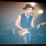 This video is amazing ???????????? #NewProblems @CodySimpson @CodySimpson #NewProblems ???????????????? http://t.co/GpDzSfVAuf