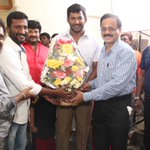 RT @KollywudCinema: #KC Pic 01: @VffVishal & #Suseendran New Project Start today. @Dhananjayang chief guest for this pooja @sriyareddy
