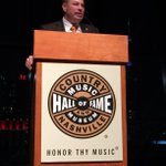 Big night for @UTCoachJones as he delivered the keynote at the @TNChamber in Nashville http://t.co/PILkUn2uPZ http://t.co/7JUKUUE1I6
