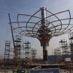 Lavori in corso al Cantiere #Expo2015. Lalbero della Vita, simbolo del @Pad_Ita2015, sta prendendo forma http://t.co/Udf4W4qf7m