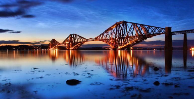 Happy Birthday ol' girl - opened 4th March 1890 and still as awe-inspring as ever! #forthbridge http://t.co/LSivy97AAw
