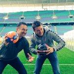 #Leipzig im Pokalfieber! #DieRotenBullen wünschen dem @DHfK_Handball viel Erfolg im #DHBPokal. Lasst es krachen! http://t.co/kWFYG7vaRM