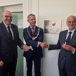 Officiële start Launchebase op Tapijnkazerne Maastricht: begeleiden van (oud-)studenten bij opzetten eigen bedrijf! http://t.co/RGThnyNRRZ