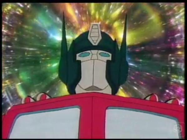 ・司令官と呼ばれて慕われている ・いい考えを思い浮かべるが大抵失敗する ・空を飛ぶ敵の攻撃で爆発  やっぱり提督の正体は・・・ #kancolle_anime http://t.co/EV2l2xWCjT