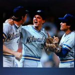 Remember this like it was yesterday. 1987 (13-0 start to season) at Old Comiskey Park. #brewers 30/30 2nite 7pm est! http://t.co/0HJEQION8i
