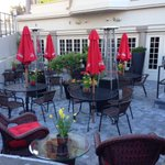 Wow check out this revamped dtown patio! Oh so comfy & in full sun. Guess where it is. #YYJ #Patioseasonisnow http://t.co/h3yd9Gqukn