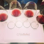 Same #wine / different caps - Taste the difference with #VinoPerfect at #IQ2015 #napavalley http://t.co/hOIempGba7