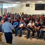 Estudiantes del @ITSXalapa participan en nuestro Taller de Emprendimiento Sustentable #Xalapa @erikporres http://t.co/5zect12Gyb