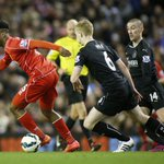 Liverpool beats Burnley 2-0, stays in touch with top 4 in @ChampionsLeague http://t.co/G2NjF6ZNOs http://t.co/92y9e8L0vs