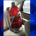 Man charged after getting to the top of the Zakim Bridge to steal a light! http://t.co/AUJoRRxkq0 #FOX25 http://t.co/9xphFzf64h