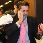 U.S. Ambassador to South Korea attacked by armed assailant in Seoul, @YonhapNews reports http://t.co/dj2SrdkOMA http://t.co/4RbGTwpbnQ