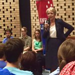Terrific to join @tanya_plibersek at the @ANULaborClubs forum on foreign aid. Lots of terrific questions. #auspol http://t.co/SI9thsbCtA