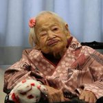 """@globeandmail: World's oldest person on living for 117 years: 'It seemed rather short' http://t.co/BZMHKSuHPN http://t.co/W6Co1uWEmf"" Wow!"