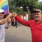 A todos nuestros camaradas gracias por todo el apoyo y respeto, seguimos por el camino d #Chavez @Adan_Coromoto http://t.co/PzOLxkZGDn