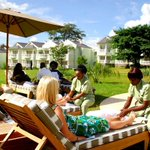 Over 400 global billionaires on business trips chose 2 #Nairobi hotels http://t.co/Wstscchctb #tophotels http://t.co/JethlzxRj7