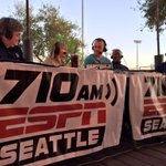 Kyle Seager is on the Cactus League Report, live from the Salty Seniorita. Listen 6-7 p.m. on @710ESPNSeattle. http://t.co/IyU3r3TTVs