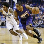 Brandon Knight had 28 points, 7 assists & 3 steals in the Suns 105-100 win at Orlando. Eric Bledsoe: 13pts & 9asts. http://t.co/nXJ5g669Zj