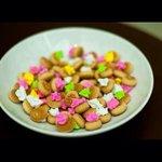 :Masih ingat biskut ni? Sebelum makan asingkan ikut warna lepastu makan topping je dulu. Haha http://t.co/iuwg0wcdBU