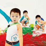 #SongTriplets Are Focused Playing with Sand and Collecting Insects in a Photo Shoot http://t.co/dS7qiKrzKl http://t.co/8zKdtbtCC8