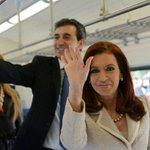 .@CFKArgentina y @RandazzoF recibirán una nueva formación para la línea Roca http://t.co/WhiTSEtApL http://t.co/26LhxFu9Pb