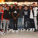Os jogadores do #SLBenfica estiveram ontem na inauguração da nova loja @adidas na Rua Augusta! http://t.co/KArM6HYgHB