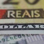 Dólar tem 4ª alta seguida e volta a atingir R$ 3. http://t.co/yKilqtVeci http://t.co/1QzTjvE8Ev