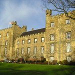 RT & Follow to #WIN this a stay in this 4* castle hotel:  http://t.co/IgRVQKlcU9  #FreeStayFriday #Comp. Winner @ 4 http://t.co/EbOpQ5SDTu