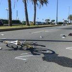 Corso Italia, cade dalla bici e viene travolto da una moto: morto in ospedale.  http://t.co/70L9Cyktmm http://t.co/XJrYUzwyUT