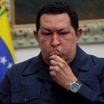 """""""Que vea el mundo como brilla la luz del pueblo de Simón Bolívar"""" #ChavezXSiempre #A2AñosDeTuSiembra http://t.co/JmguOmo4R9"""