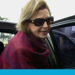 """""""@lanacioncom: María Julia Alsogaray cumplirá prisión domiciliaria http://t.co/xKaoqdUnSc http://t.co/TpS6ajNf7U""""tapada de pieles! hdp!"""
