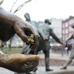 Ein <3 für Frösche und Co. :-) Sie wandern wieder - auch in #Aachen! Hier müsst Ihr aufpassen: http://t.co/b5BILcXHe5 http://t.co/f0Z9UFfCSp