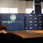 At the @FirstNiagaraCtr waiting for @garthbrooks news conference to start! Yea! Watch my interview @wgrz at 5:30 http://t.co/WgKdpPFlpg