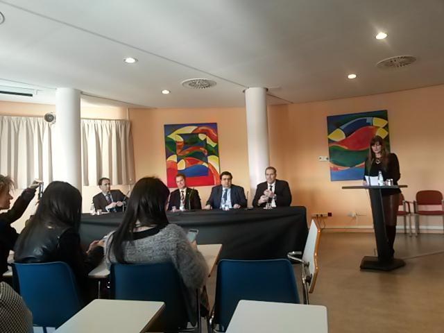 RT @dcosmen: Gran persona, gran ponente !!! @silvialf  #MSMClausura cc @ccajete @rmllames http://t.co/L1IVgUqPwp