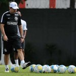Caiu! Técnico Enderson Moreira é demitido do Santos http://t.co/nBXMhiyiaV http://t.co/XkESYJFVdc