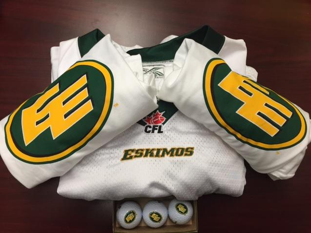 Let's do this! Who's up for a little #Esks #GiveAwayFriday? RT for your chance to WIN http://t.co/xQpTHMXsA8