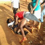 """LMFAO *tears* """"@Hella_N: Lady on top came prepared! """"@Africa_Connect: its going down for real http://t.co/FrWAsqfCKT"""""""""""