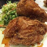 Buttermilk Fried Chicken today with Brussels sprouts and apple slaw, poblano ranch, spicy maple glaze! #ygk #yumgk http://t.co/V292Bavysg