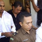 Plus, more delays for the condemned Bali Nine pair as Indonesia refuses a prisoner swap deal #earlyedition #9news 2/3 http://t.co/XbmulWMa7S