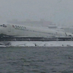 "Plane skidding off runway at LaGuardia Airport was close to ""bigger disaster,"" FDNY says http://t.co/Ipv2cCk6fw http://t.co/3TMQMHB2oB"