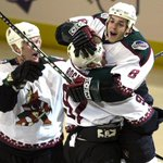.@ArizonaCoyotes donning distinctive original jerseys on Throwback Night http://t.co/lwuzCT5p9K http://t.co/DiAPrtKQZx