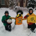 """@CzarGorski: @PatsSnowStick Cheering on the green and gold no matter how cold. http://t.co/Dq3U9MFIKh""...Love it! #WeAreMason #MasonWinter"