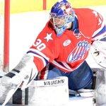 .@MattHackett31 shines for @AmerksHockey w/ 37-save performance. #Amerks report: http://t.co/oYyricEojT (@MiMiV4682) http://t.co/w0XKez6YF0