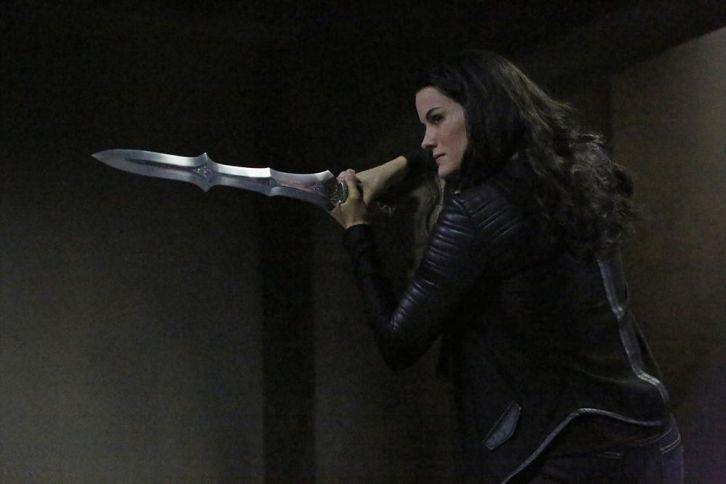 Agents of SHIELD - Episode 2.12 - Who You Really Are - Promotional Photos @josswhedon @MingNa http://t.co/edUORPHA0O http://t.co/rX8eYs3Tg6