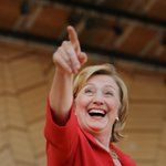.@HillaryClinton wants you to see her e-mails, except those she didnt hand over http://t.co/h7VkYVRpvc http://t.co/hRGbksFytI